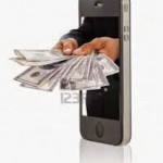 Kontanter som kommer ut ur en mobil