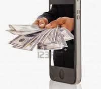Pengar som kommer ut ur en telefon